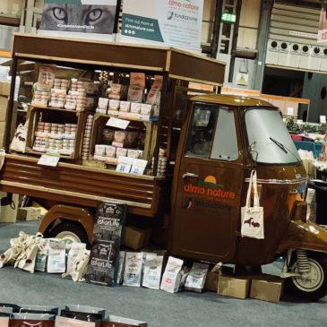 National Petshow Birmingham, Contract Exhibition Services create 2 fantastic stands with Classic Piaggio Ape Trucks
