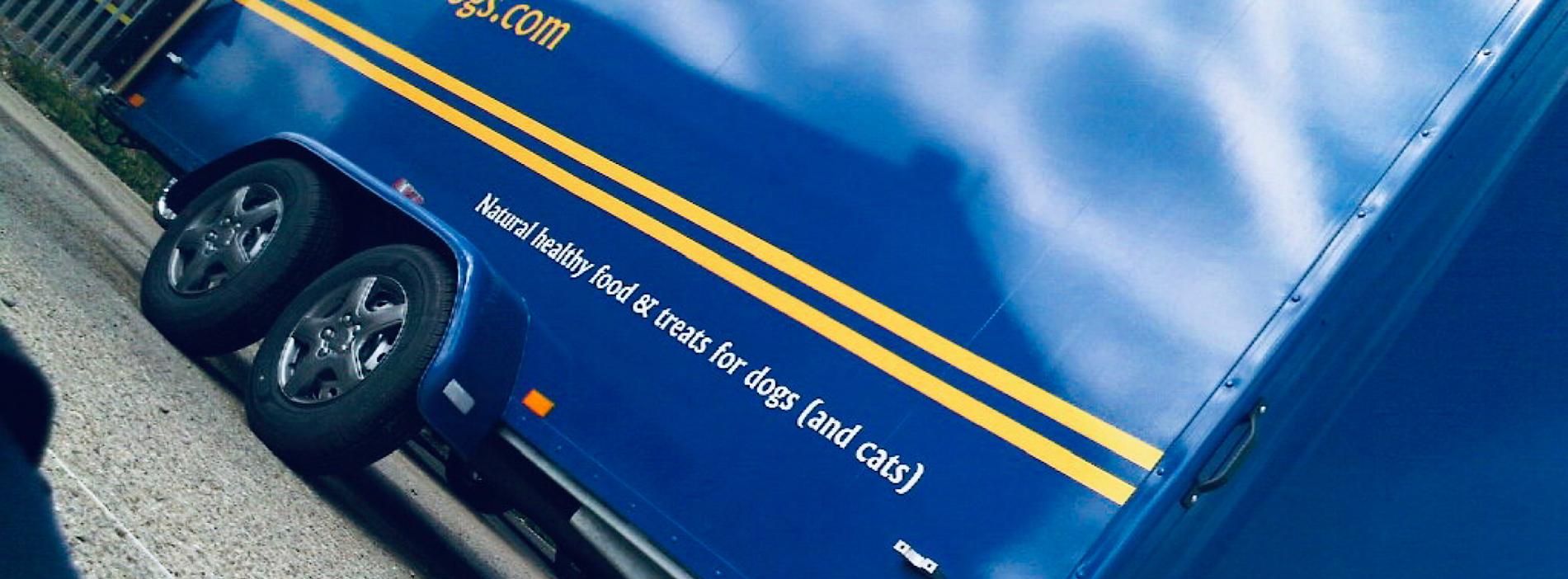 contract exhibition services boxer exhibition trailers